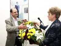 Цветя от името на кмета на Община Бургас Димитър Николов, поднесе г-жа Димитрина Минкова