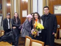 """Александрина Георгиева (""""Еквалибриум 2009"""") с издателя Денчо Михов"""