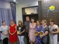 Обща снимка на присъстващите участници в алманаха и издателите