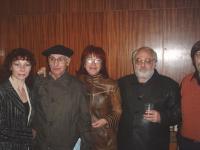 Сред приятели: с бургаските писатели Илия Буржев, Милка Иванова, Манол Манолов