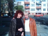 С бургаската поетеса Роза Боянова