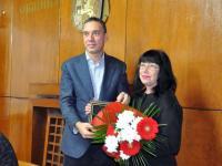 """С плакет """"Пегас"""" бе удостоена писателката Милка Иванов за книгата й """"Сенките на времето"""""""
