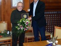 """Ваньо Вълчев заслужи още една от бургаските литературни награди – плакет """"Петко Росен"""" за романа """"Бягство към Византия"""""""