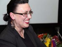 Авторката в края на събитието – щастлива от засвидетелстваната обич от многобройните почитатели (снимка: Петър Генчев)