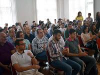 """Препълнената зала """"Вяра"""" се оказа недостатъчна, за да побере всички, желаещи да присъстват на събитието"""