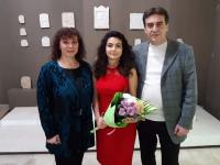 Таня Мир със своите издатели