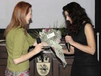 Поздравителен адрес и букет от името на кмета на Община Бургас
