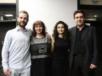"""Таня Мир със своите издатели и с актьора, въплътил се в главната роля на филма """"Откритие"""""""